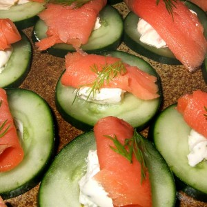 Canapés concombre-saumon
