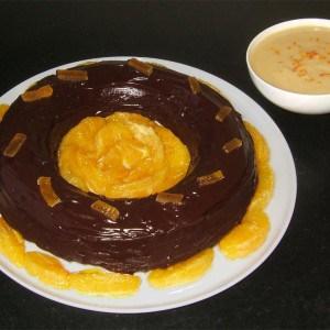 Gâteau couronne au chocolat et à l'orange