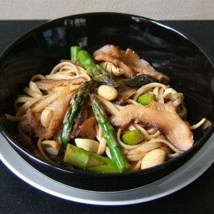 Nouilles Udon aux légumes