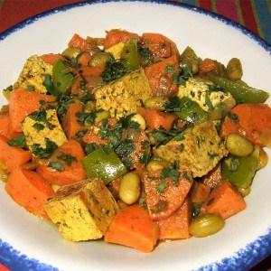 Poêlée de patate douce et légumes aux épices
