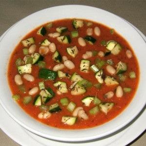 Soupe provençale aux haricots blancs
