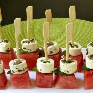 Brochettes pastèque, chèvre et menthe