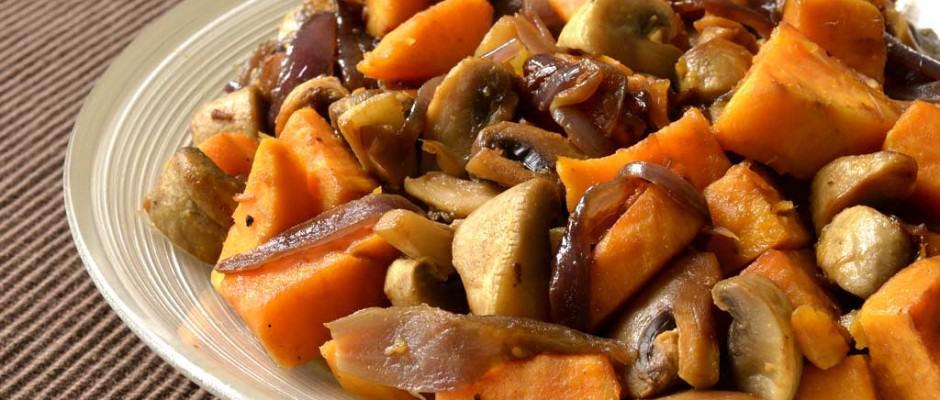 Poêlée de patate douce et champignons aux épices