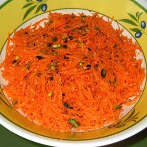 Salade de carottes aux pistaches sauce à l'orange