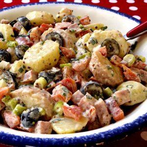 Salade de pommes de terre sauce crémeuse