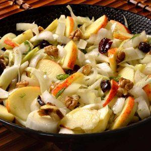 Salade d'automne aux endives et aux fruits
