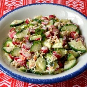 Salade croquante au crabe