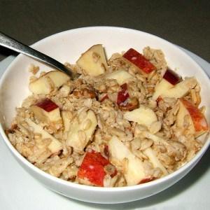 Porridge ou gruau exprès pomme-noix