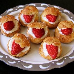 Petits choux surprise aux fraises