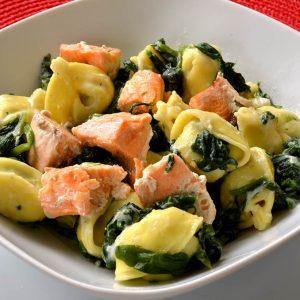 Tortellini aux épinards et au saumon