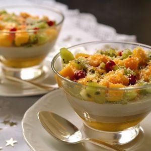 Panna cota noix de coco et fruits exotiques.