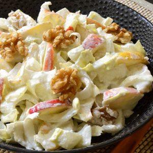Salade d'endives sauce au Roquefort