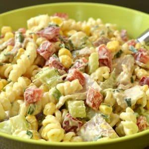 Salade de pâtes sauce crémeuse au jambon