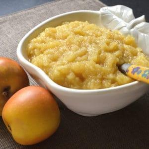 Compote de pommes à l'orange et au miel.