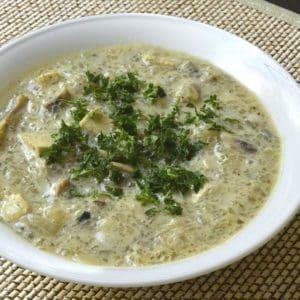 Soupe au tofu et aux champignons