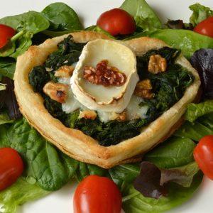 Coeurs feuilletés aux épinards, chèvre et noix