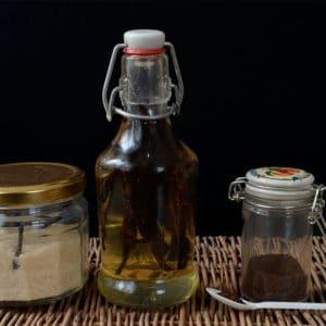 Faire son sucre vanillé, son extrait de vanille liquide et sa poudre de vanille soi-même