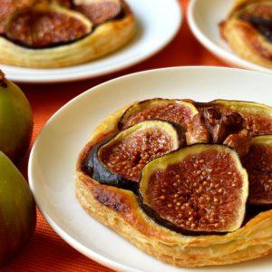 Tartelettes fines aux figues et noix
