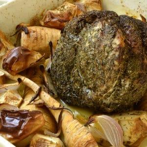 Rôti de porc aux pommes et panais