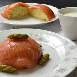 Dômes de saumon fumé cœur d'asperges vertes